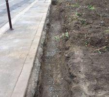 Enlèvement ancienne palissade et creusement fondation