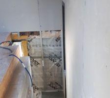 2ème escalier qui mène à la 3ème chambre