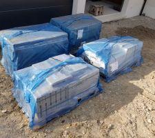 Livraison du carrelage Cerdisa antiderapant pour le garage et les balcons en 30x60