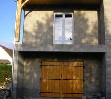 porte garage et porte fenetre salon