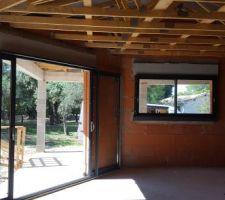 Baie à galandage dans la cuisine 225X200 et panoramique