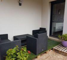 Une terrasse plus qu'artisanale