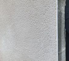 Mur avec les voisins - Parexlanko T20 gratté fin