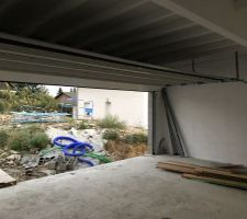 Installatiin de la porte de garage de 6m.