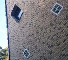 Les fenêtres des chambres au dessus du garage