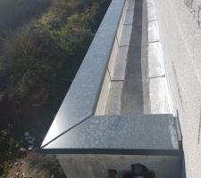 Vue du dessus : toit plat.