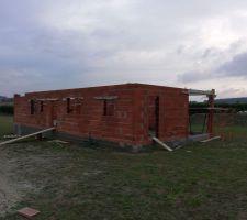 Dernier rang de brique en cours
