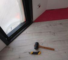 photos et id es pose parquet flottant 3 407 photos. Black Bedroom Furniture Sets. Home Design Ideas