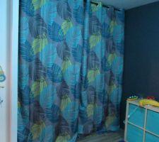 Solution de remplacement de beaux rideaux... dans la chambre du petit