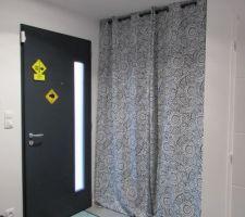 Solution de remplacement de beaux rideaux... dans l'entrée