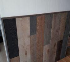 Idée parquet bois  de recup pour tête  de lit