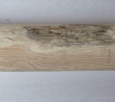 L'outil en bois avec son amorce de 20 mm au Ø 76,5 intérieur environ suivant le tuyau et son corps au Ø 78 environ.