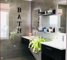 Le coin vasques de la salle de bain de Lilipink + 5 autres photos