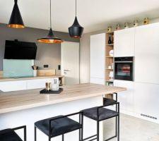 Mur gris-taupe cuisine