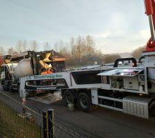 Camion pompe à béton 42m