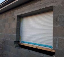 Fenêtre cuisine sans appui fenêtre