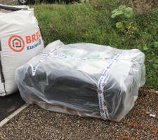Deux big-bag de mélange et 25 sacs de béton de 25kg
