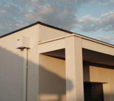 Peinture casquette beton, retouche angles saillants ?
