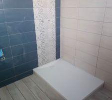 Salle d'eau étage- receveur, carrelage et faïence