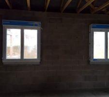 Fenêtres des chambres à l'étage