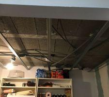 Isolation plafond de la pièce cosy/fumeur Rail posé