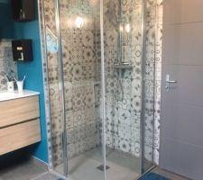 Carrelage et aménagement salle de bains enfants et petits enfants