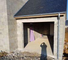 Vue de la porte de garage démontée