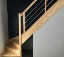Modèle d'escalier en bois exotique