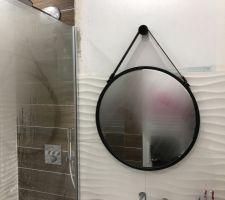 Miroir de Barbier en attente d?avoir le carrelage pour finir