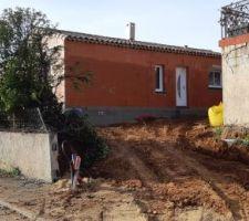Rampe d'accès remblayée + Mur découpé + Fouille creusée à droite
