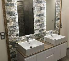 Double vasque avec miroir à éclairage indirect