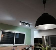 Luminaires de la cuisine posés