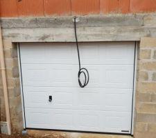 Porte de garage qui sera motorisé plus tard