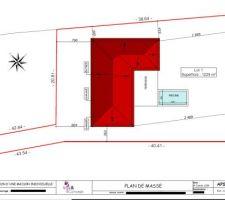 Voici le plan de masse fourni par le maître d'oeuvre. La maison est donc implantée en L, avec un toit 6 pentes. La maison se trouve sur le lot 1, sur un total de 3 lots.