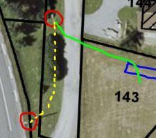 Synoptique des réseaux télécom : * rouge bas : poteau * rouge haut : chambre L1T * bleu : caravane * jaune : fourreaux x2 existants (environ 30 mètres) * vert : mes fourreaux 2x63mm (environ 30 mètres)