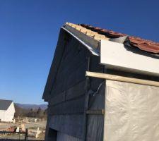Début reprise des debords de toit