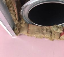 Vue du conduit feu après rectification et avant fermeture du coffre en attente