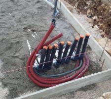Préparation des canalisations hydrauliques et électriques pour la piscine