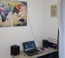 Nouveau Bureau. les enceintes seront fixées au mur