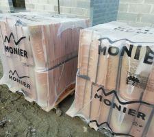 Nos tuiles canal en terre cuite : Galleane 10 de chez Monier, teinte Aurore