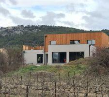 Visible depuis la vigne,notre villa correspond à nos attentes!