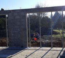 Élévation des murs en cours