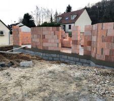 Debut d'élévation des murs