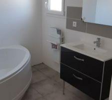 Salle de bain toute propre :)