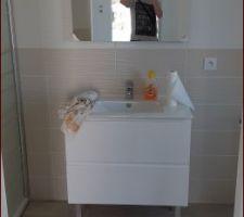 Salle d'eau toute propre :)