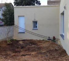 Régalage des terres - Espace creusé pour la terrasse