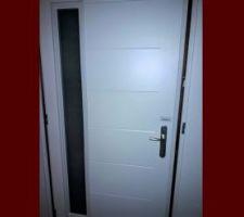 Futur porte d'entrée (la notre sera en ral7016) gris foncé