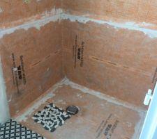 Douche à l?italienne salle de bain parentale