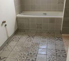 Tablier baignoire  et joints terminés
