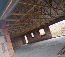 Nous avons un toit !!! Vue de la porte de garage